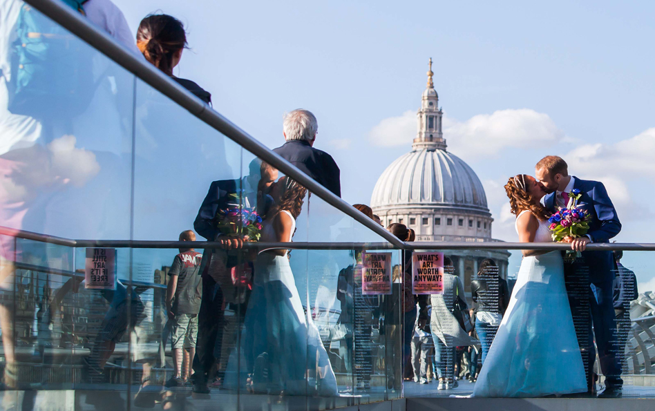 Nicole Martin Wedding Central London Millenium Bridge - 1000