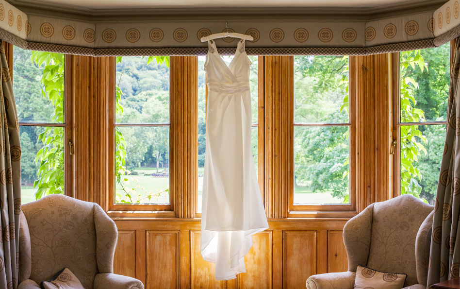 Richmond-Wedding-Photographer-Wedding-Dress-Manor-House-Hotel
