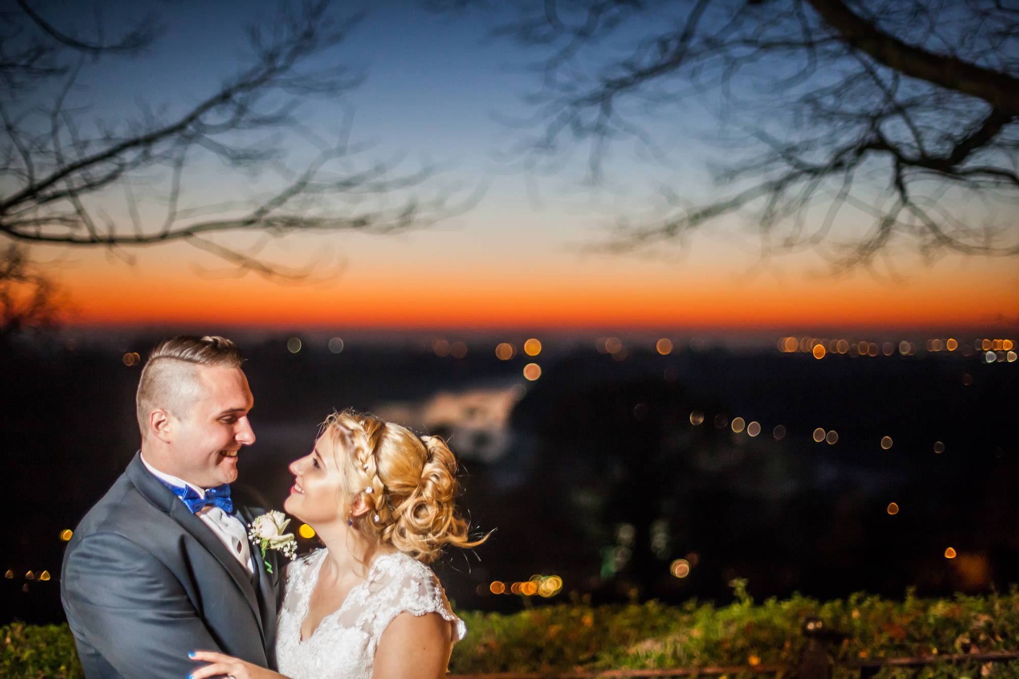Richmond Hill Hotel bride and groom at sunset