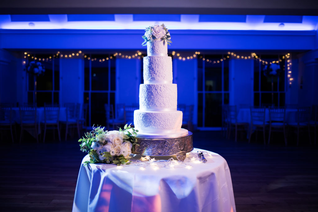 Pembroke Lodge Wedding Cake